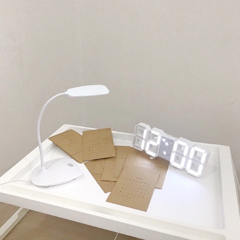 Đồng hồ led decor Hàn Quốc