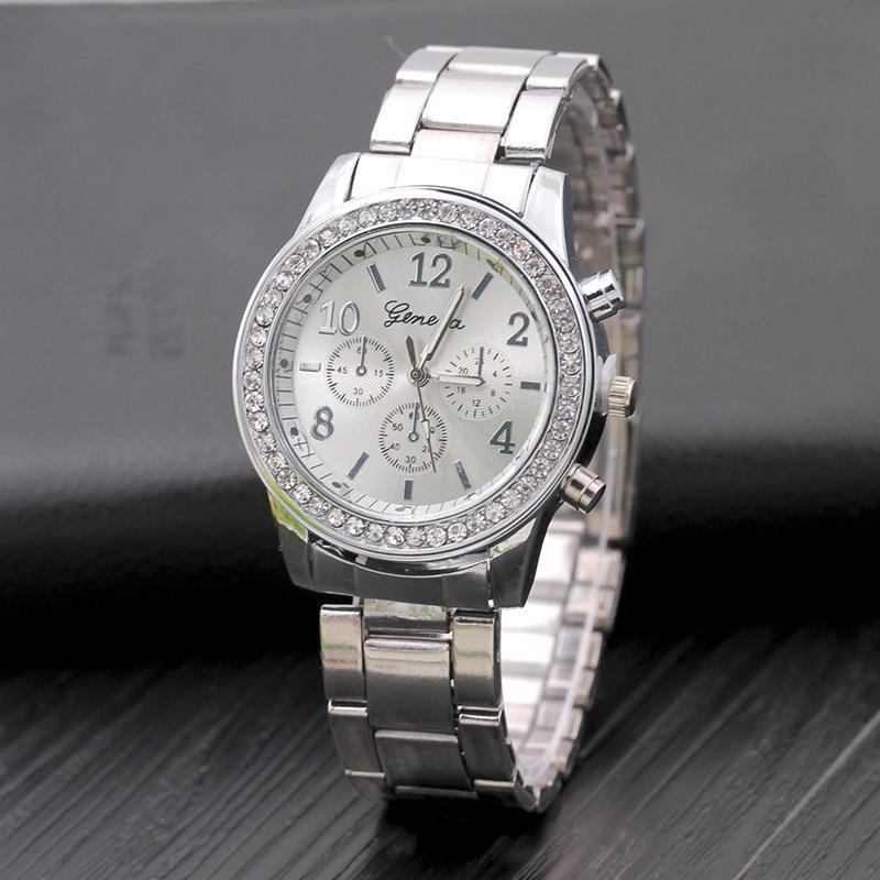 Đồng hồ FREESHIP Đồng hồ nam Geneve đính đá, thiết kế sang trọng, sử dụng kim loại sáng làm vạch số giờ và phút 4983