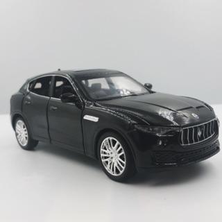 Mô hình xe ô tô Maserati Levante tỉ lệ 1:32 màu đen