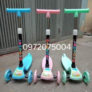 [Nhập mã TOYAUG hoàn 10% tối đa 15K xu cho đơn từ 99K]Xe trượt scooter 3 bánh phát sáng cho bé