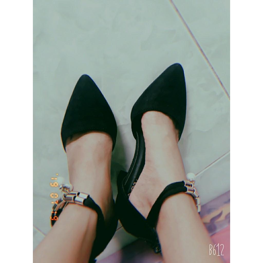 Giày cao gót 7 phân bít mũi đen vòng cổ hạt châu SD24