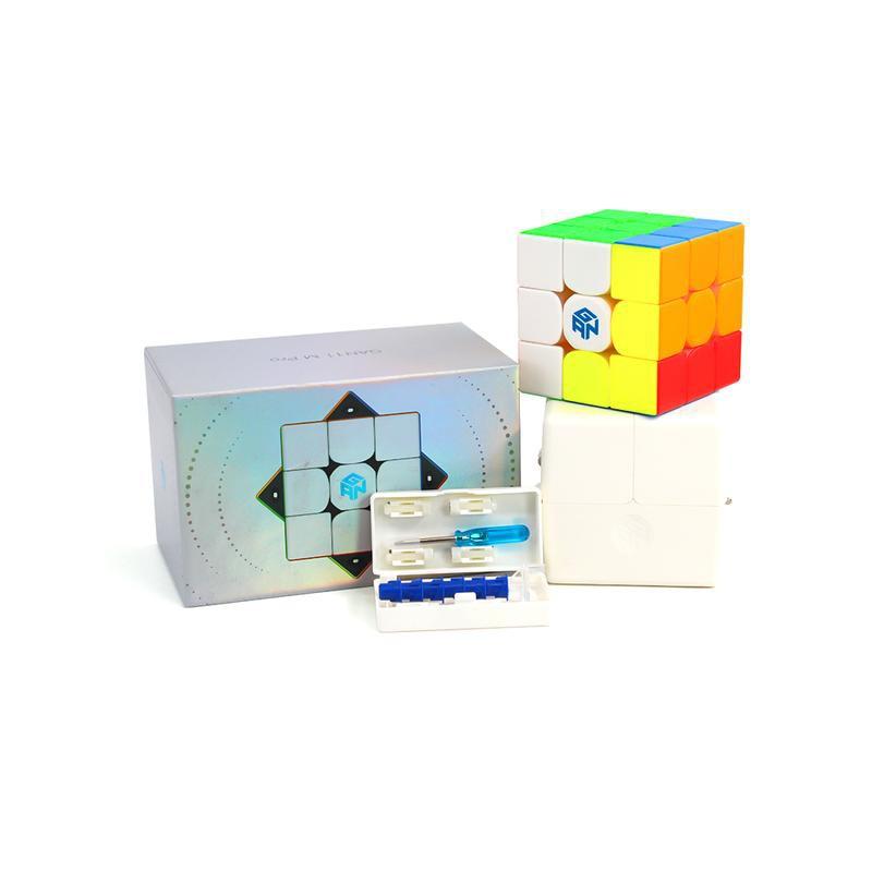 Rubik GAN 11 M PRO 3×3 Stickerless (có nam châm) hàng chính hãng cao cấ