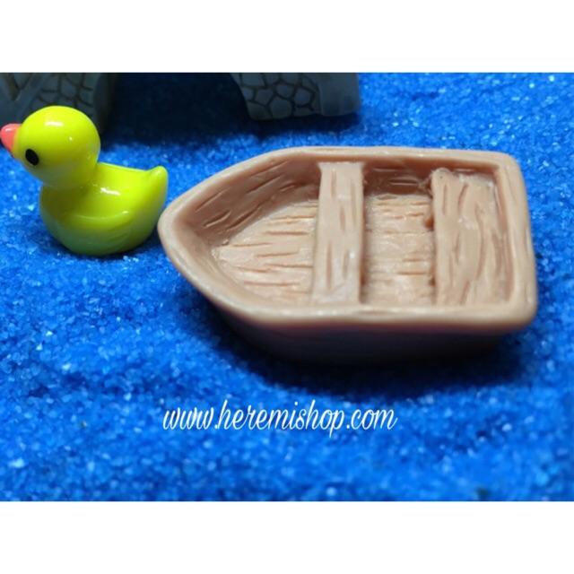 Thuyền loại nhỏ/ terrarium/ trang trí mô hình