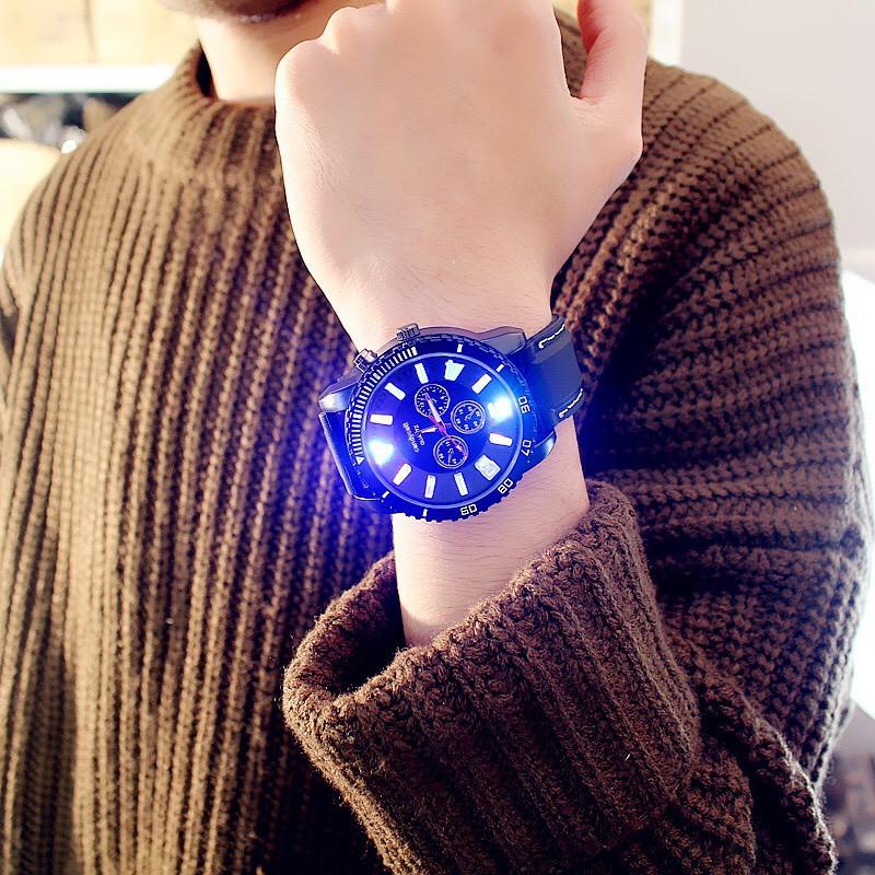 Đồng hồ nam phát sáng cá tính Candycat DH66 phong cách