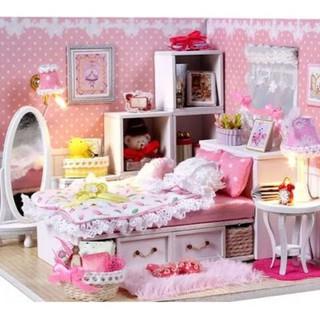 Mô hình nhà búp bê gỗ – Phòng ngủ màu hồng dành cho bé gái siêu lung linh (N02)