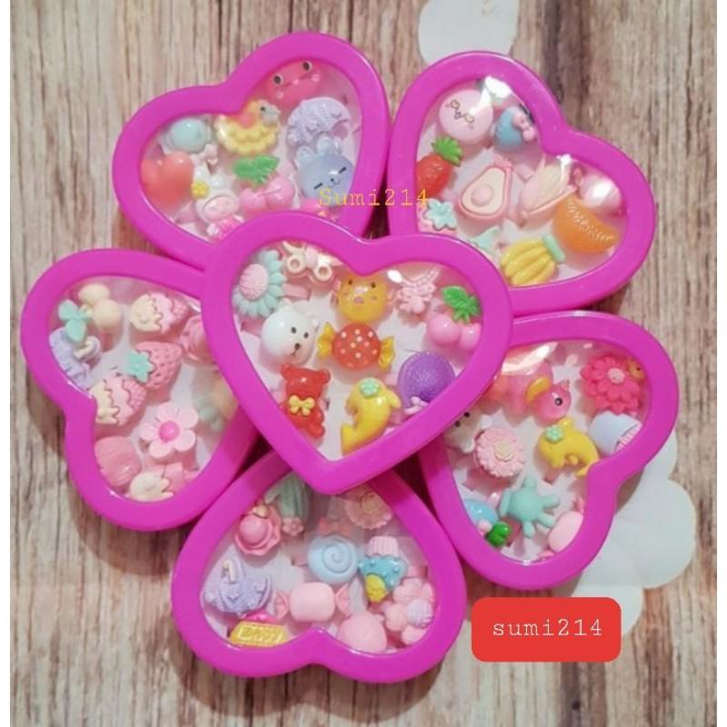 Nhẫn nhựa bé gái set 100-50-10chiếc (ko trùng lặp)kèm hộp siêu xinh