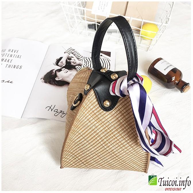 Túi cói hộp đeo chéo hình bánh ú điệu đà