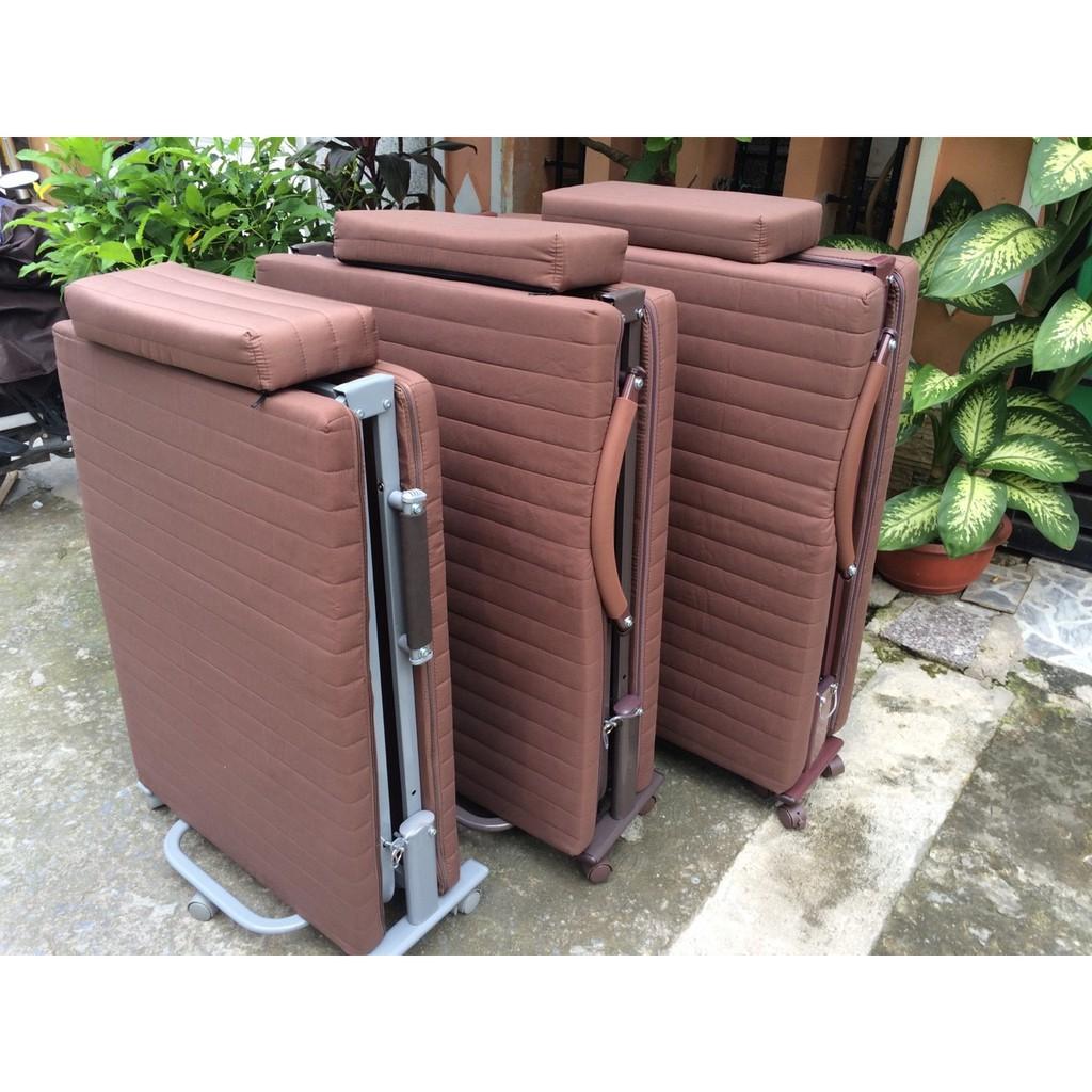 Giường gấp Hàn Quốc rộng 65cm có bánh xe di chuyển khuyến mại ga, túi phủ chống bụi (HQ65)