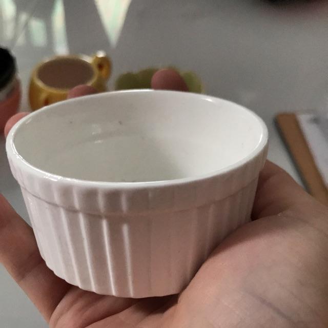 Chén ăn trắng dạng sọc