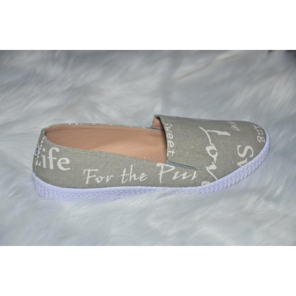 Giày Lười in chữ xám