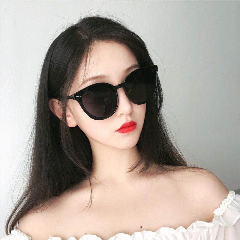 ♕✓Han edition tide ins retro sunglasses female big face show thin trill web celebrity street snap leap di 2019 new