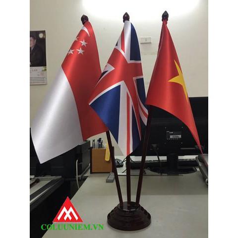 Đế cờ 3 để bàn