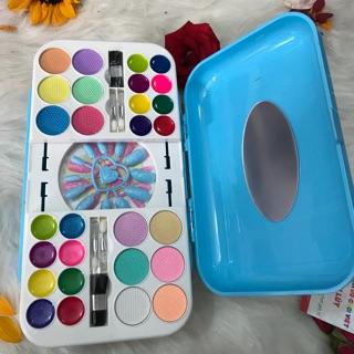 Vali bộ đồ nghề trang điểm và sơn móng tay cho bé