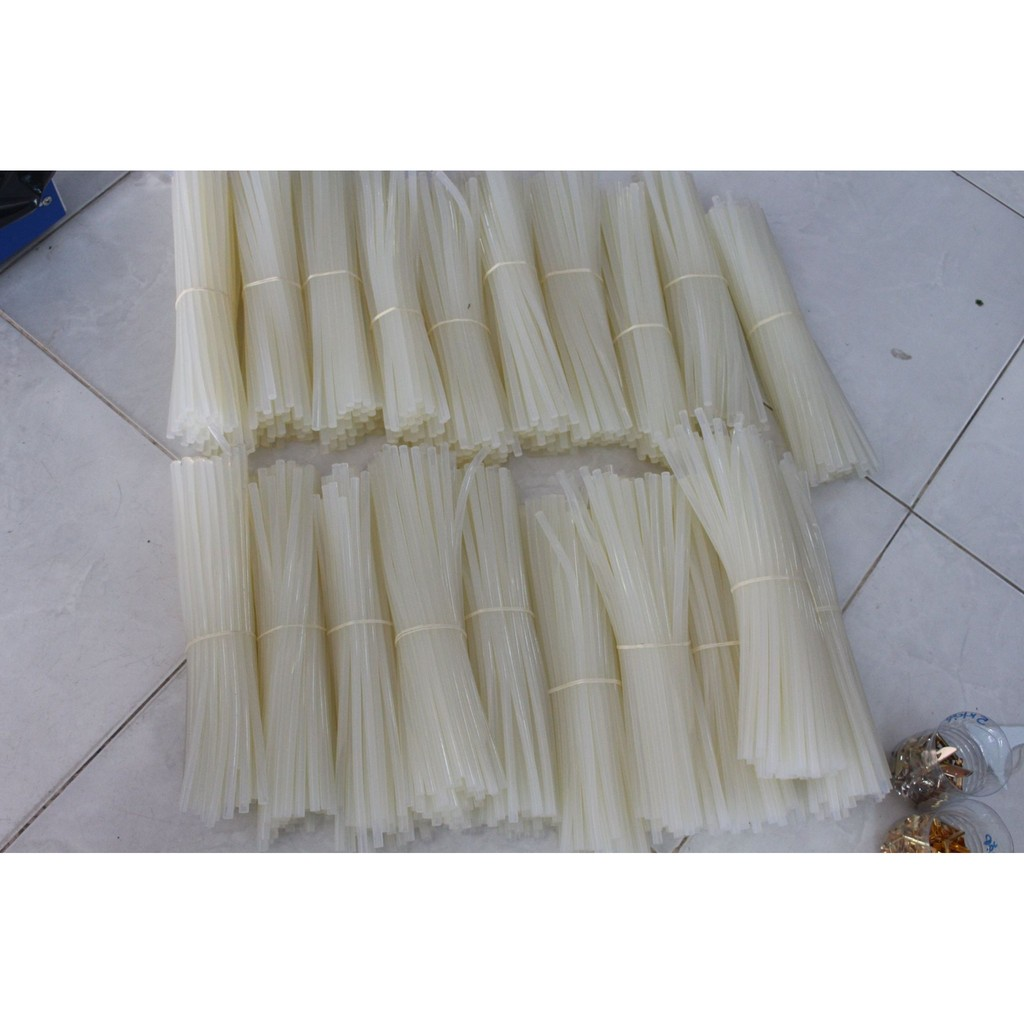 Keo nến (2k/cây)