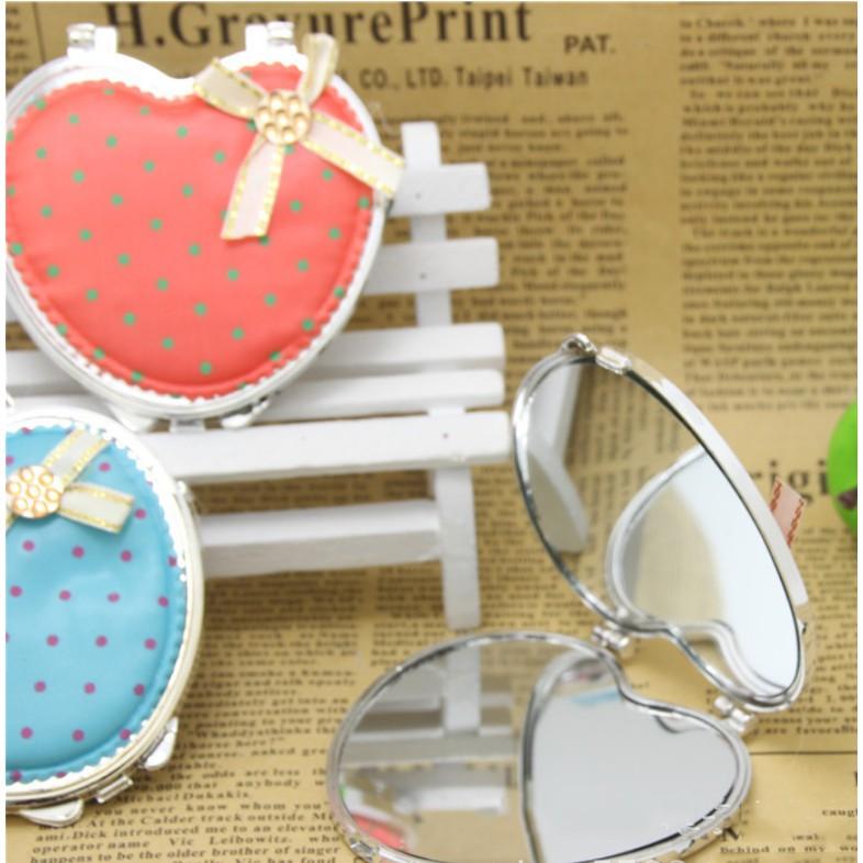 Gương 2 mặt xinh hình tròn và trái tim
