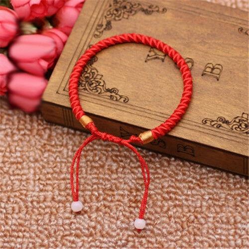 Vòng tay bện dây chỉ đỏ may mắn dành cho cả nam và nữ