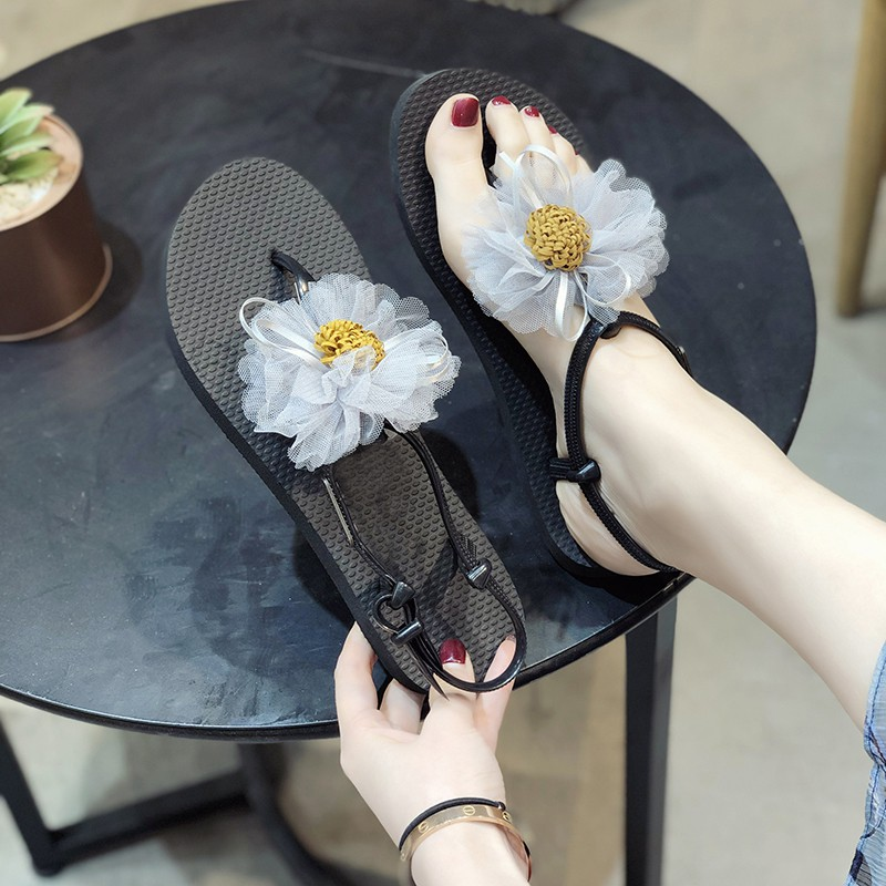 Roman sandals female summer flowers flat shoes seaside vacation casual pinch beach shoes