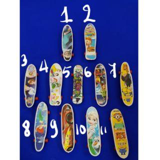 Ván lướt mini size 2 ngón tay – đồ chơi xae stress