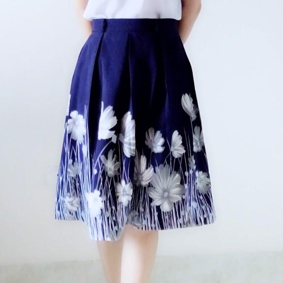 2225741988 - Chân váy xòe hoa xanh coban CVH250HX