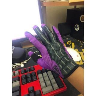 Găng tay skin CSGO nhiều màu sắc