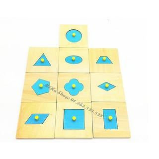 Bộ Núm hình khối – Giáo cụ Montessori