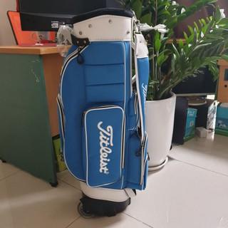 Túi Gậy Golf Titleist bánh xe Kéo thumbnail