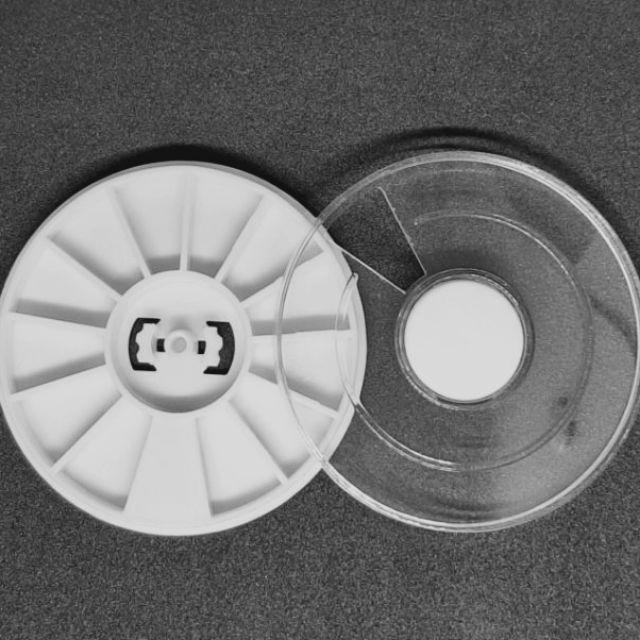 Pocket tròn rỗng chiết màu, đựng đá làm nail dung tích tối đa 0,8ml