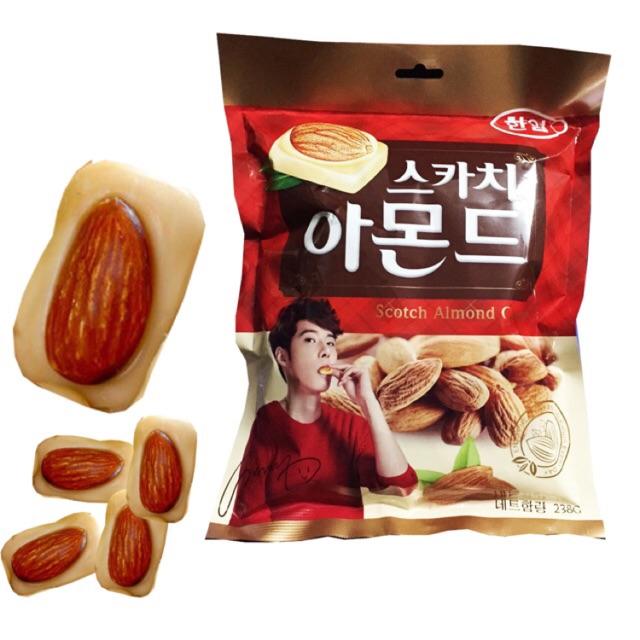Kẹo hạnh nhân Hàn Quốc 238g