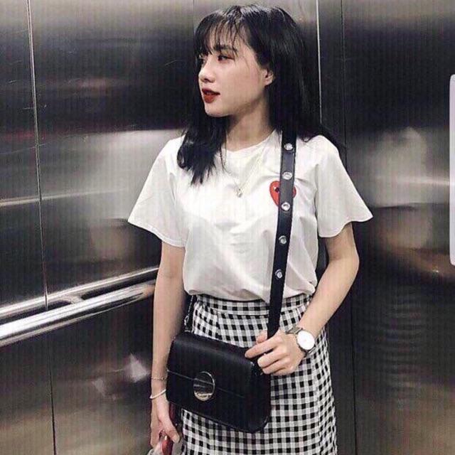 Sét chân váy caro áo thun tim (còn trắng)
