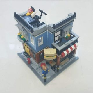 LEGO chính hãng CREATOR 31050 Corner Deli (used)
