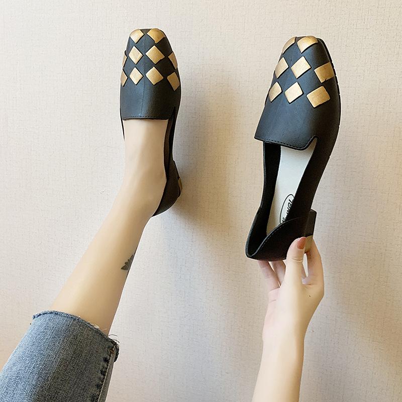 Giày bít trơn thời trang cho nữ