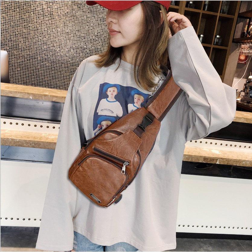 Túi đeo chéo nam nữ, Túi da thời trang cao cấp cá tính, có dây và khe sạc điện thoại tiện dụng TDCN07 TT&GĐ