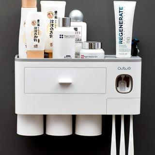 [Freeship]Kệ để đồ nhà tắm hút chân không 2 cốc, 3 cốc, 4 cốc – Bộ nhả kem đánh răng siêu tiện lợi