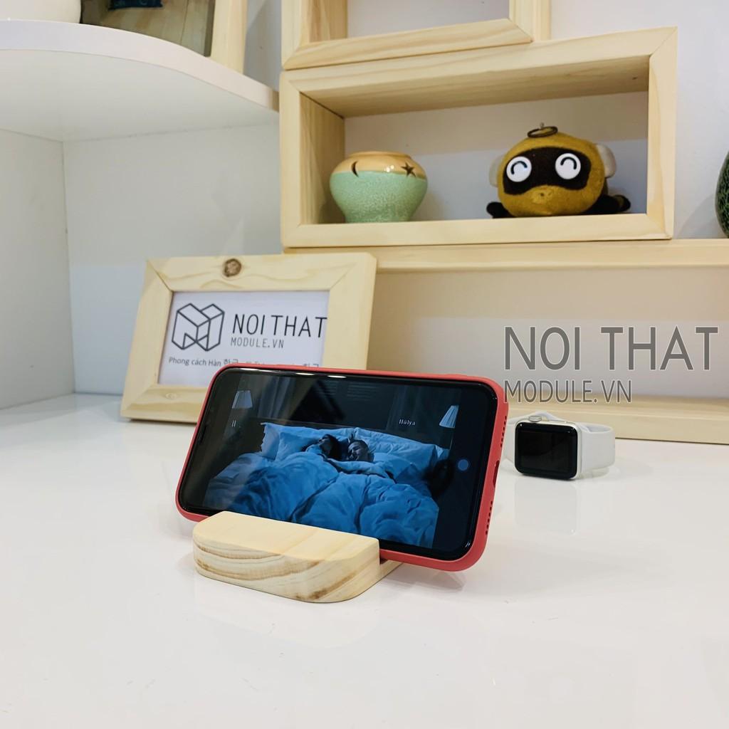 Giá đỡ điện thoại, Ipad, Máy Tính Bảng để bàn bằng gỗ thông tư nhiên