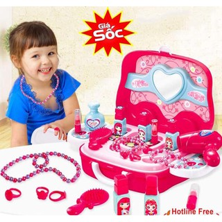 – Bộ vali đồ trang điểm cho bé