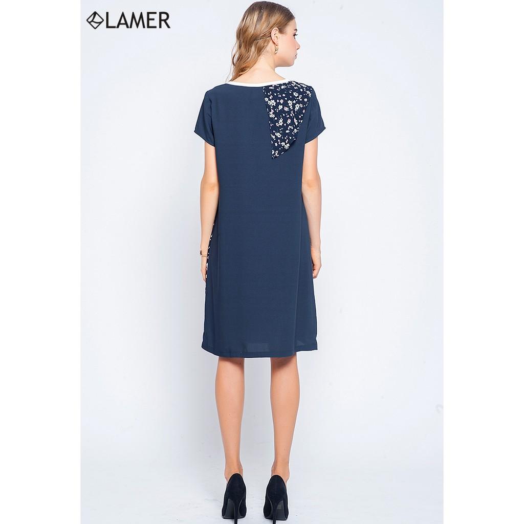 Đầm suông tay ngắn phối vạt họa tiết Lamer LMH03702032