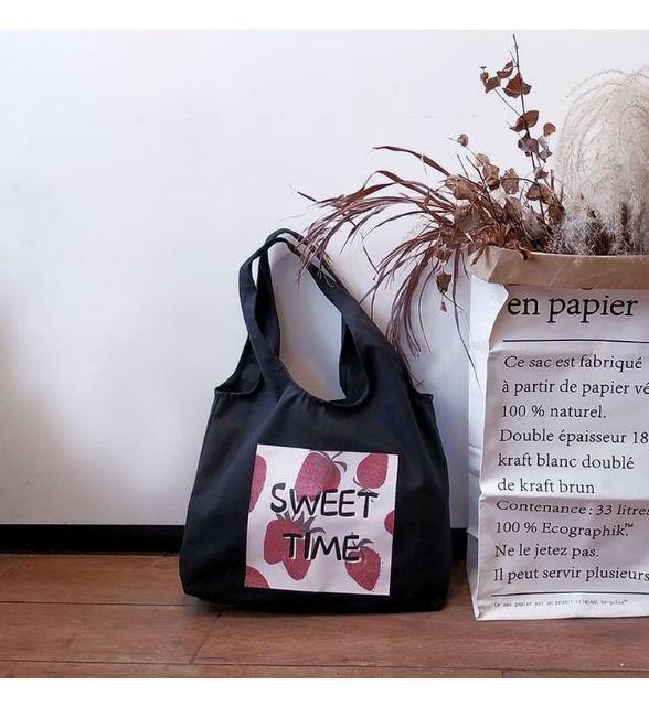 Túi đeo vai - (VẢI BỐ COTTON MỀM - QUAI LIỀN) - DÂU SWEET