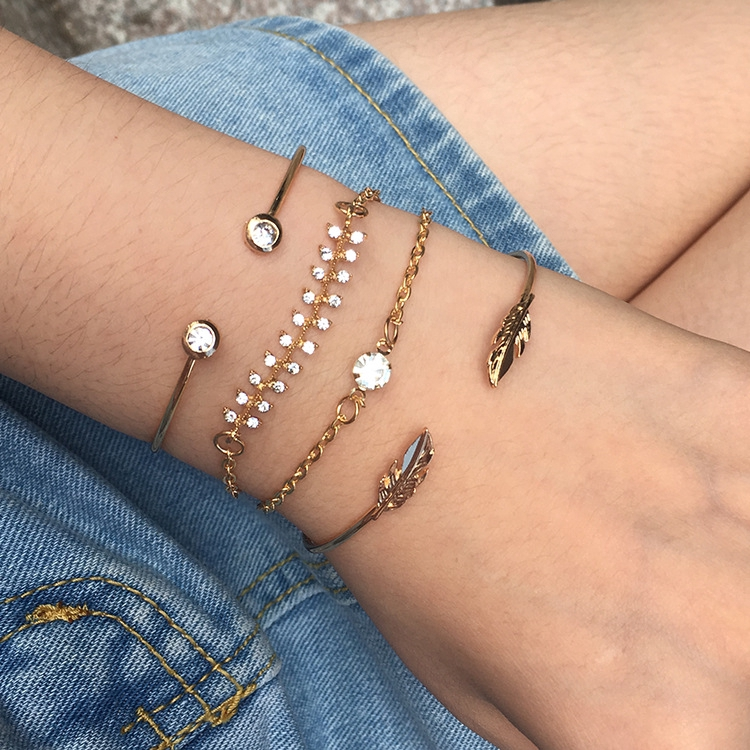 Retro Popular New Fashion Leaves with Diamonds Adjustable Opening 4PCS/Set สร้อยข้อมือ Female