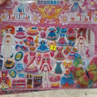 Set hình dán quần áo búp bê và tô màu