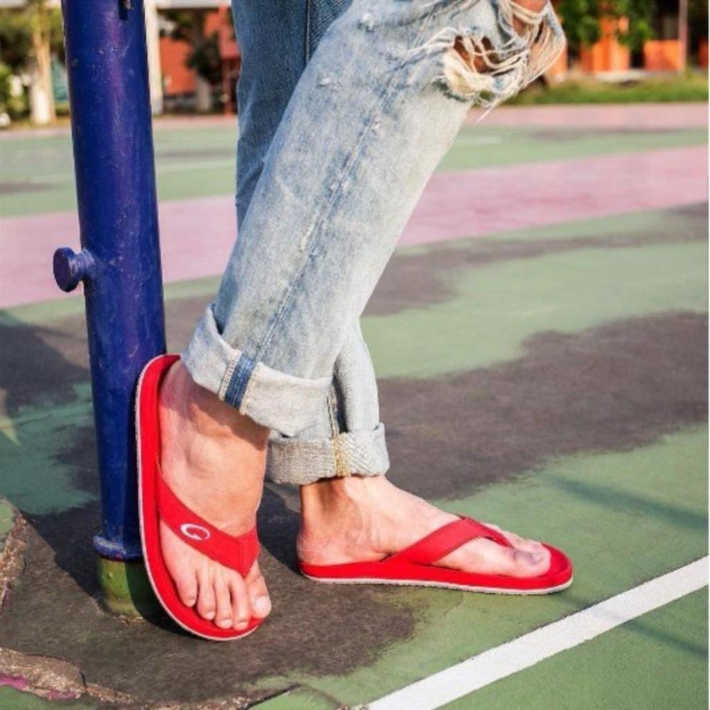 GAMBOL รองเท้าลำลอง ชาย/หญิง รุ่น GB22110 (สีแดงสด)AMBOL รองเท้าลำลอง ชาย/หญิง รุ่น GB22110 (สีแดงสด)
