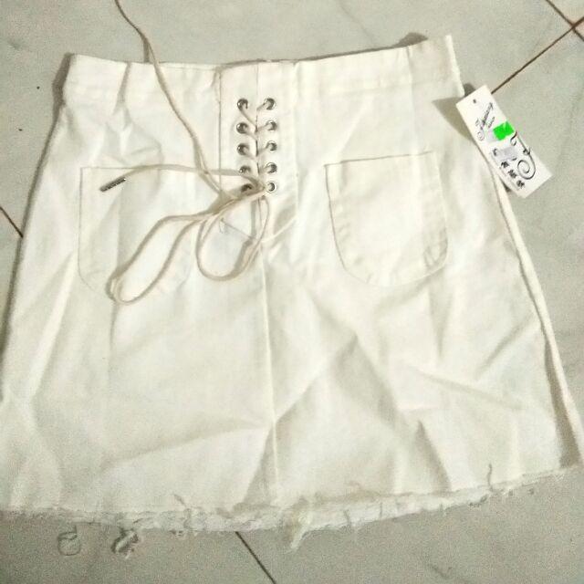 1003383702 - Chân váy đan dây