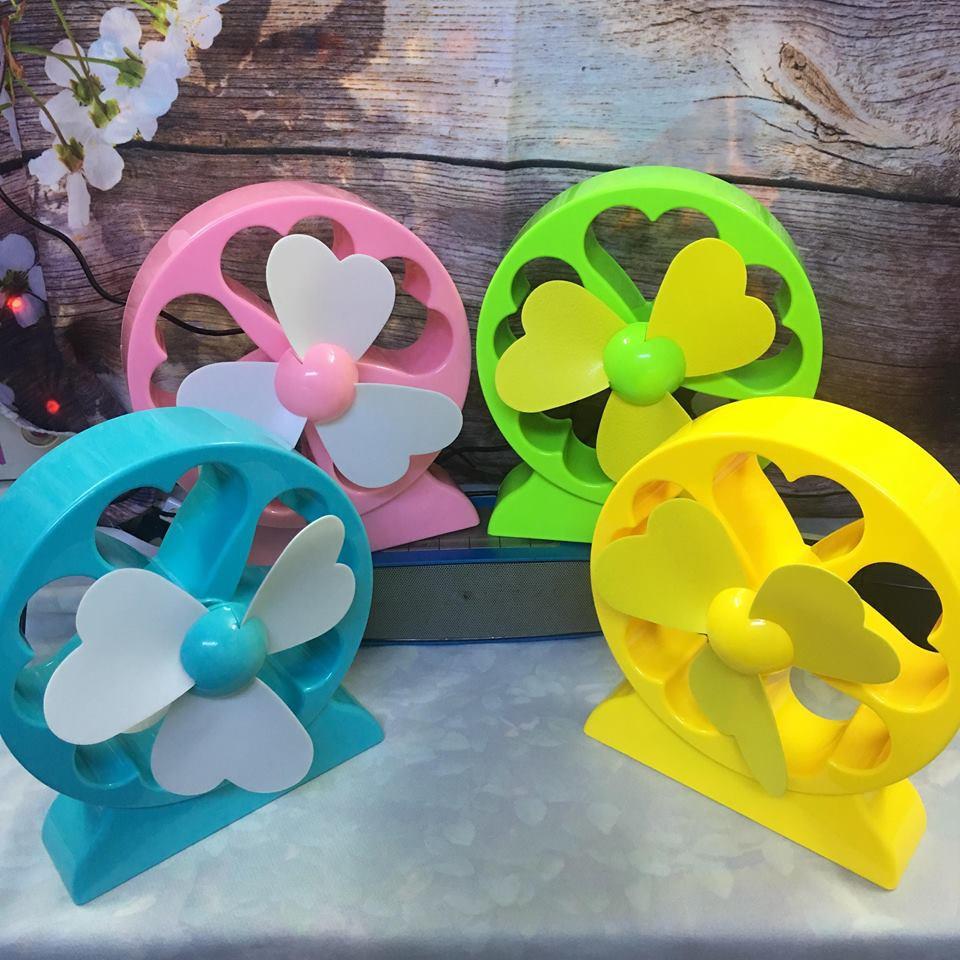 Quạt tích điện để bàn Lucky Flower Fan