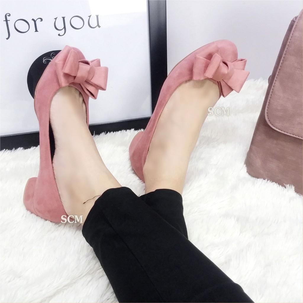 Giày gót vuông nơ phúng phính