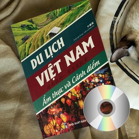 Sách - Du lịch Việt Nam - Ẩm thực và cảnh điểm [Trung - Việt - Pinyin] (Có DVD quà tặng đi kèm)