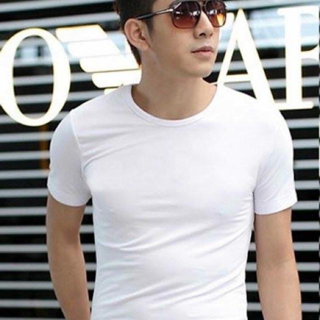 Áo thun nam body cổ tròn vải cotton mịn mát có hình thật