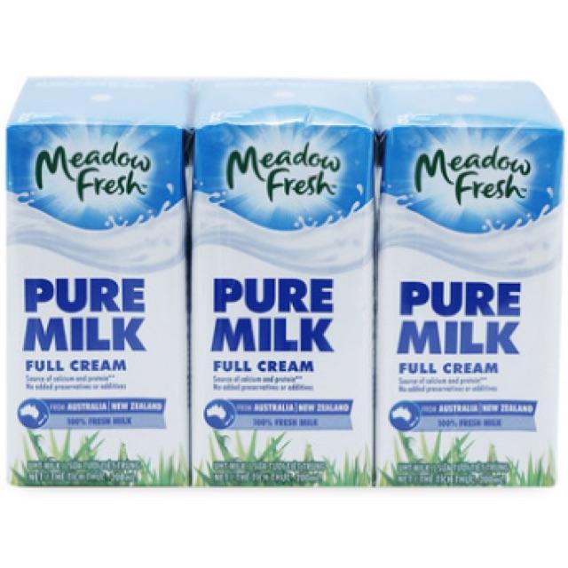 Sữa tươi tiệt trùng nguyên kem Meadow Fresh 3*200ml