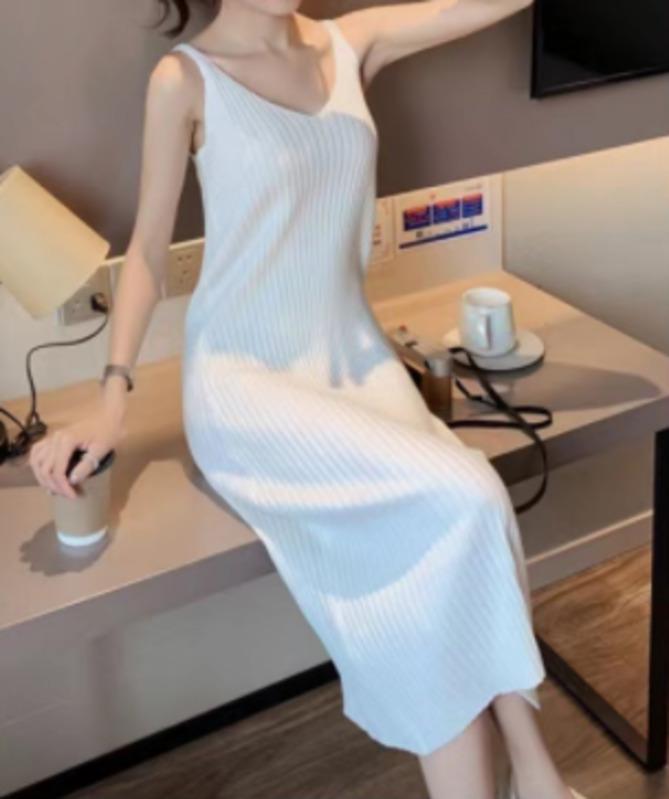 Đầm dệt kim 2 dây cổ chữ V thời trang xuân hè cho nữ Váy