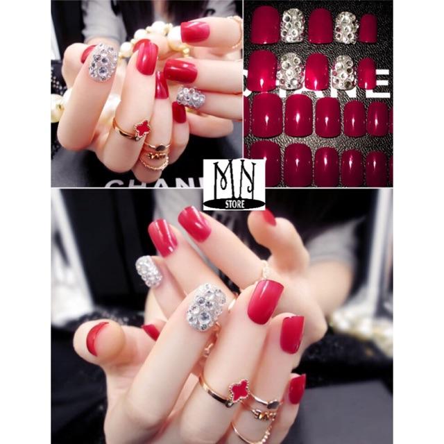 Móng tay giả màu đỏ Vic đính đá sang trọng MT33 - 2959792 , 191150211 , 322_191150211 , 60000 , Mong-tay-gia-mau-do-Vic-dinh-da-sang-trong-MT33-322_191150211 , shopee.vn , Móng tay giả màu đỏ Vic đính đá sang trọng MT33
