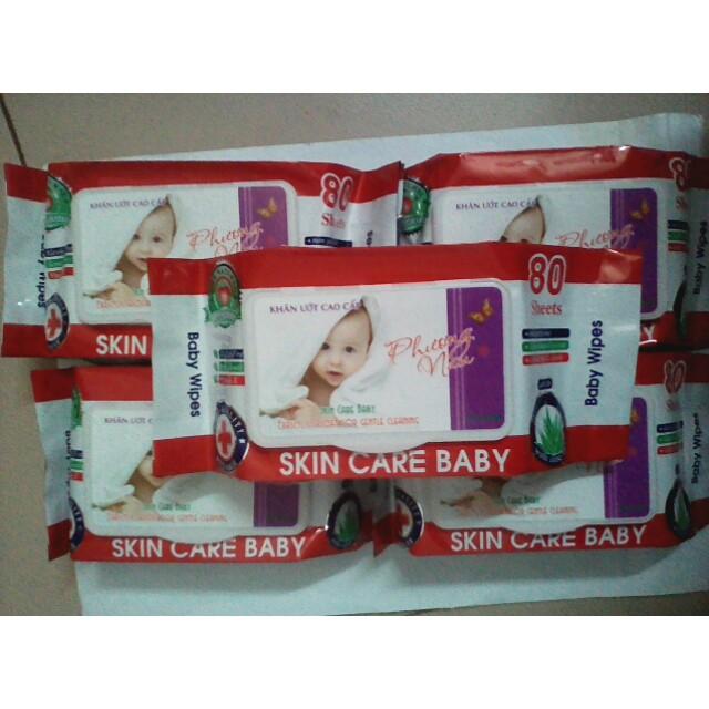Khăn giấy ướt Baby hương dịu nhẹ 80 gr date 2022