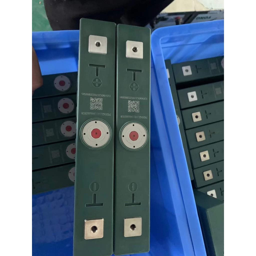 Pin LiFePo4 100AH & 200AH (Pin loại A ), Hàng mới, Vỏ nhựa